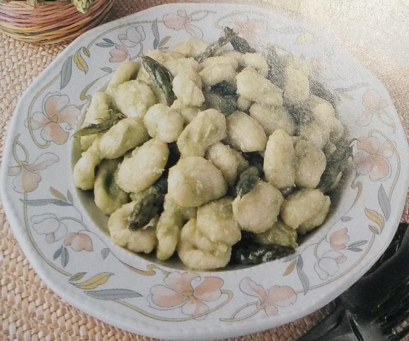 gnocchi con salsa di asparagi senza glutine